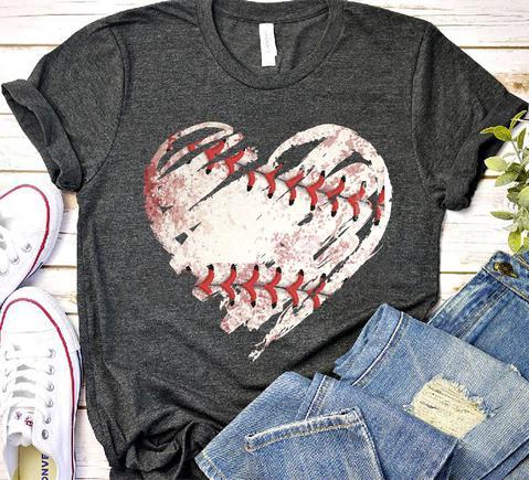 BASEBALL HEART T-Shirt GT01